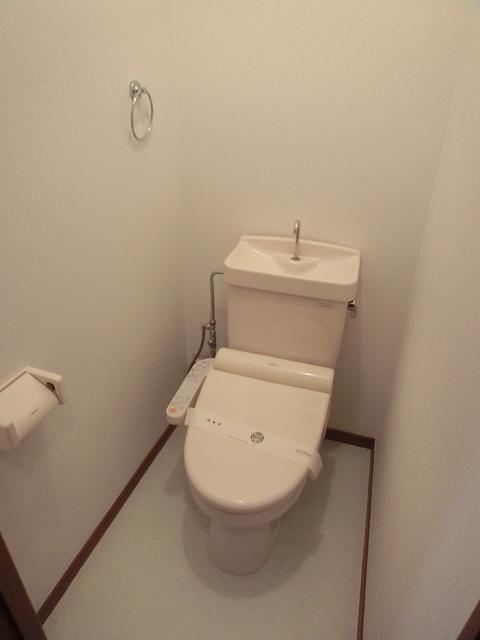 メロディハイツ戸原 / B-103号室トイレ