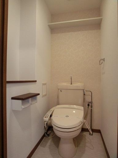 リヴェール伊賀Ⅱ / 205号室トイレ