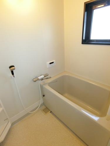 リヴェール伊賀Ⅱ / 301号室洗面所