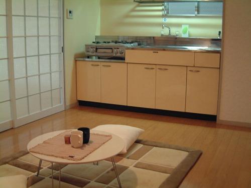 駅東レジデンス / 201号室リビング