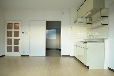 サン・ビィーム吉塚 / 401号室キッチン