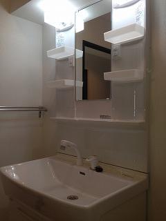 エスポワール空港通り / 706号室洗面所