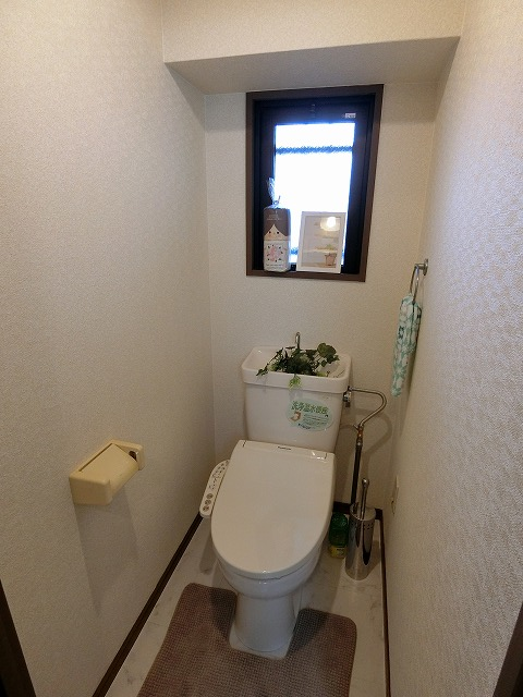 ハイ・コート(ペット可) / 403号室トイレ