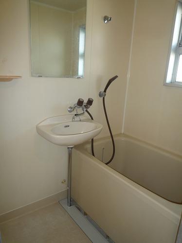 グレイシャス長尾 / 301号室トイレ