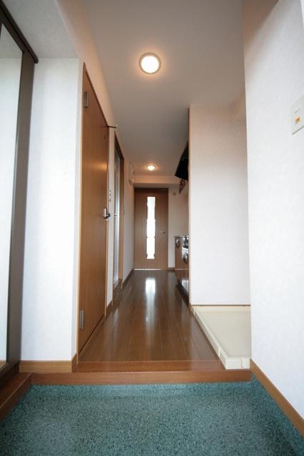 サークルフロント / 105号室トイレ