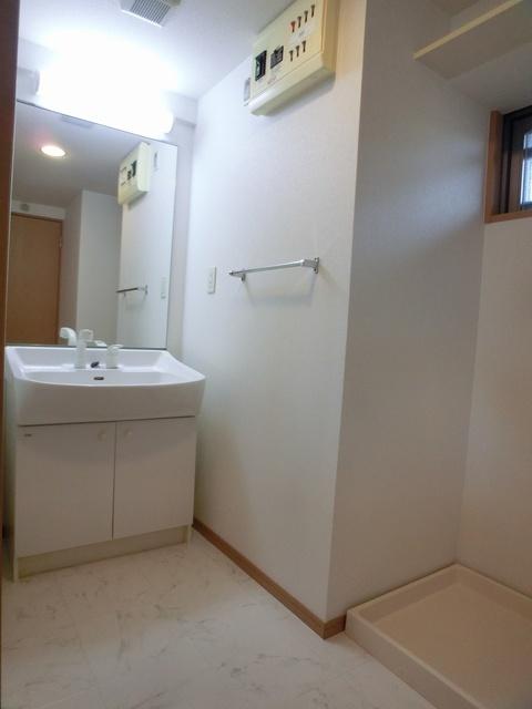 スターマイン / 701号室洗面所