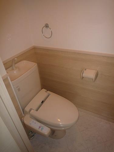 カーム ヴィラ / 203号室トイレ