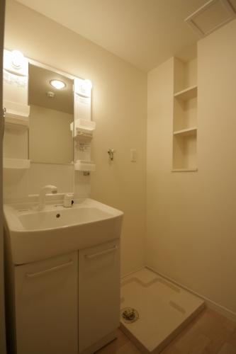 テゾーロカーザ / 105号室トイレ
