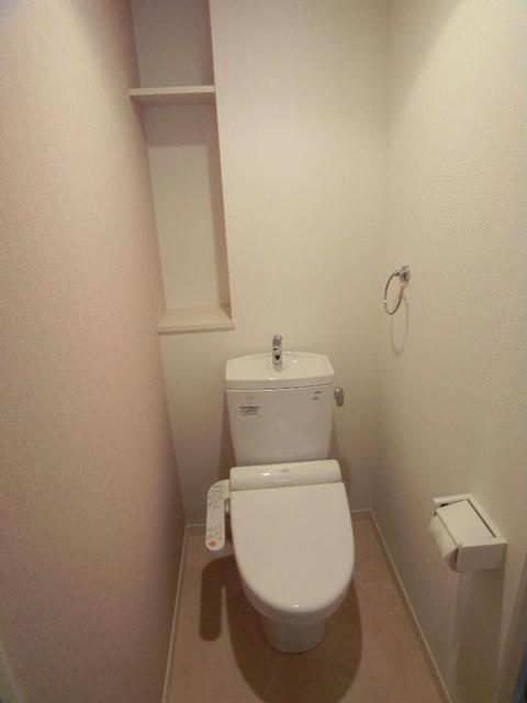 グレイス サンビオ / 302号室トイレ