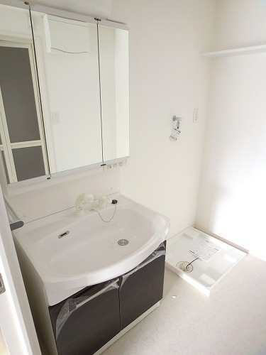 プリマベーラ. / 202号室洗面所