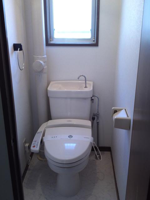 サンハイツKUDO / 102号室トイレ