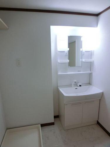 ファミール篠栗 / 302号室洗面所