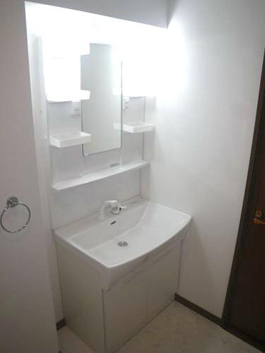 ファミール篠栗 / 402号室洗面所