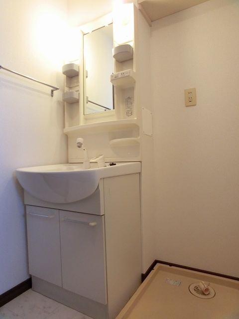 エミネンス'92 / 101号室洗面所