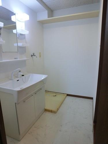 タウンコート志免 / 601号室洗面所