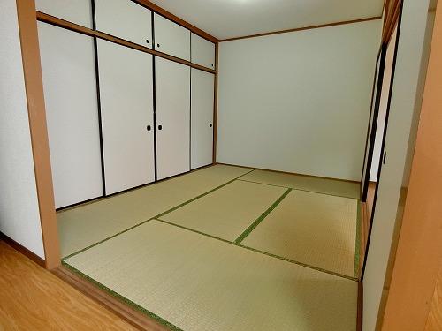 コムフォート・シティ / 102号室和室