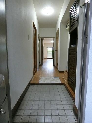 コムフォート・シティ / 103号室玄関