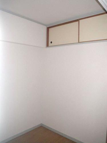 シティハイツ篠栗 / 302号室収納
