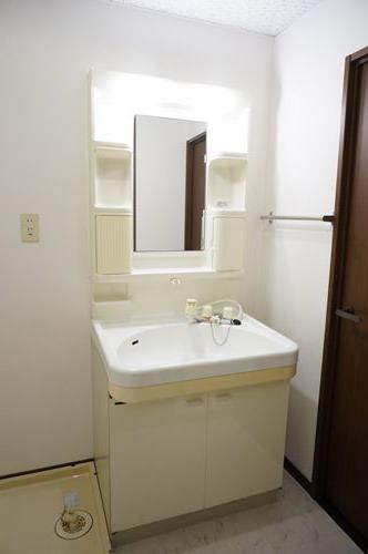 セントレージ博多 / 103号室洗面所