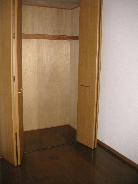 プレミール須恵 / 203号室収納