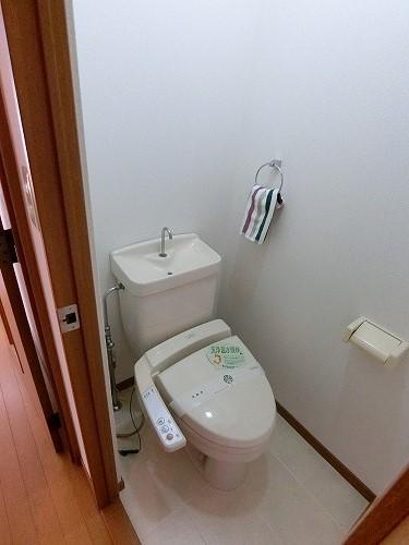 エステート長者原(ペット可) / 203号室トイレ