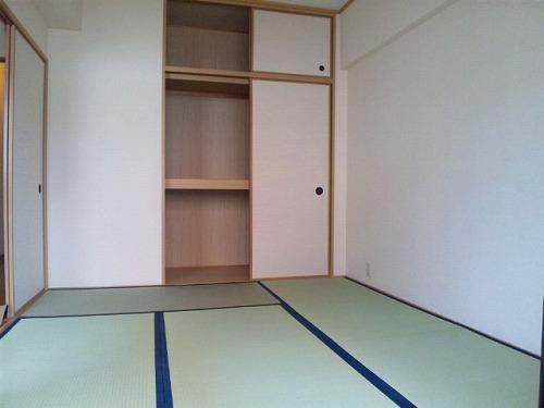 ラフィーネ篠栗 / 301号室