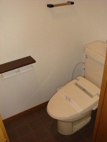 リヴェール伊賀Ⅱ / 102号室トイレ