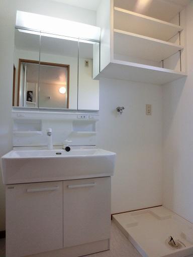 リヴェール伊賀Ⅱ / 205号室洗面所