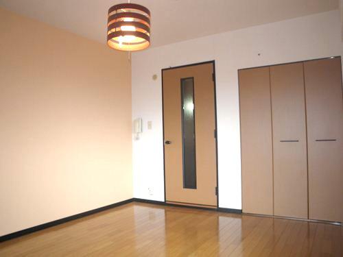 スクレーパー東 / 601号室