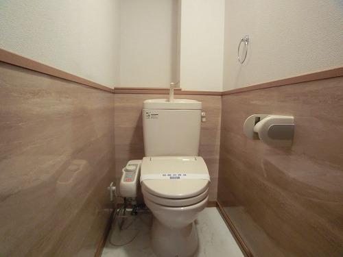 ジュノーパレス / 302号室トイレ
