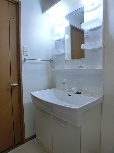 ジュノーパレス / 402号室洗面所