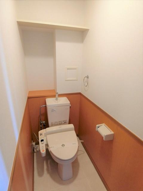 クレール今町 / 101号室トイレ