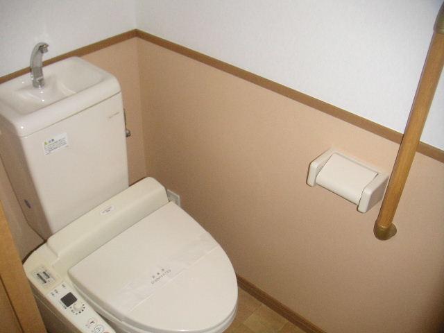 アルバ空港東 / 202号室トイレ