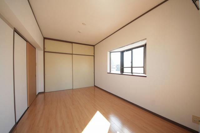エクセレント古田 / 405号室洋室