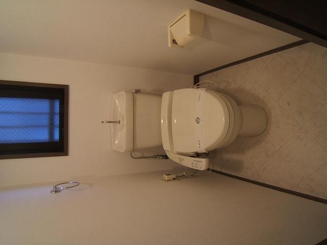 ハイ・コート(ペット可) / 603号室トイレ