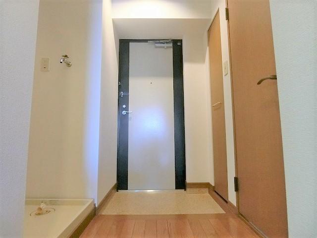 ルミノスコート / 203号室キッチン