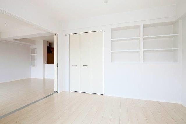 筥松なつめビル / 402号室洋室