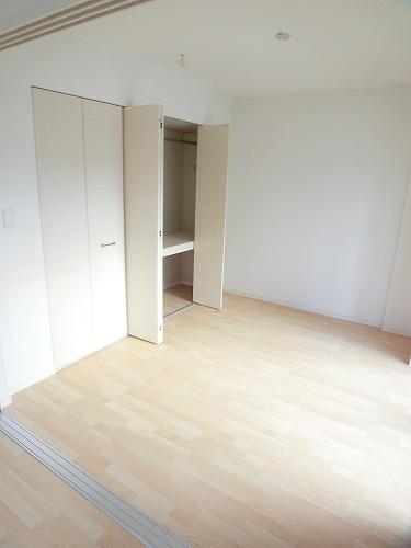 プリマベーラ. / 302号室洋室