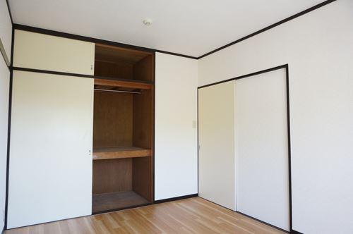 レジデンス秋根 / 302号室収納