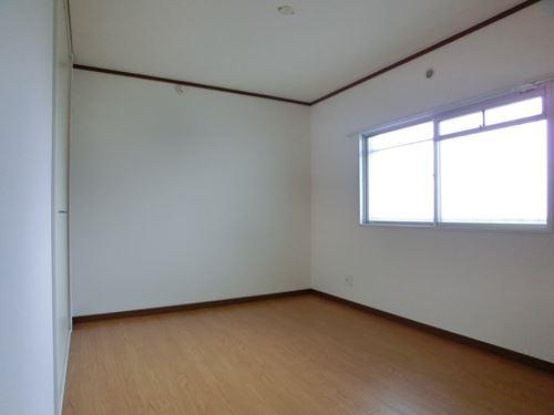 ファミール篠栗 / 302号室洋室