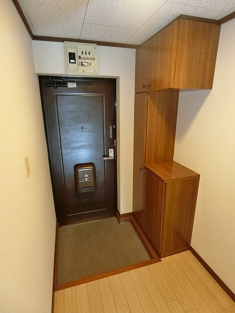 ファミール篠栗 / 406号室玄関