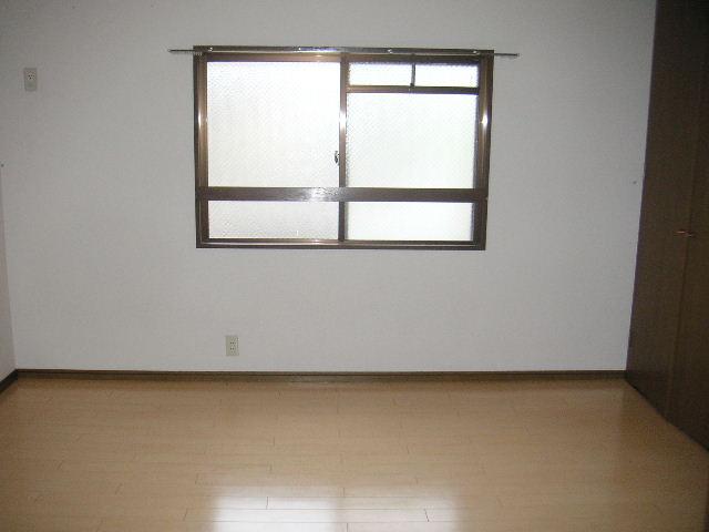 グランドール藤本 / 105号室洋室