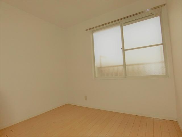 メロディーハイツ / 201号室洋室