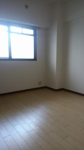 タウンコート志免 / 303号室洋室