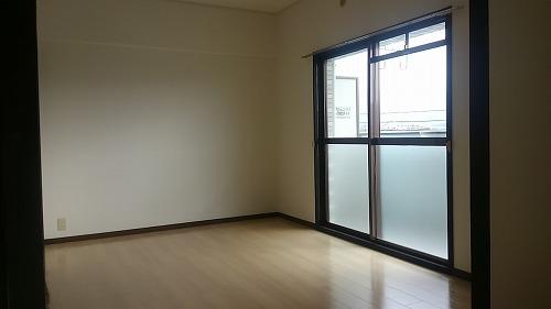 タウンコート志免 / 403号室洋室