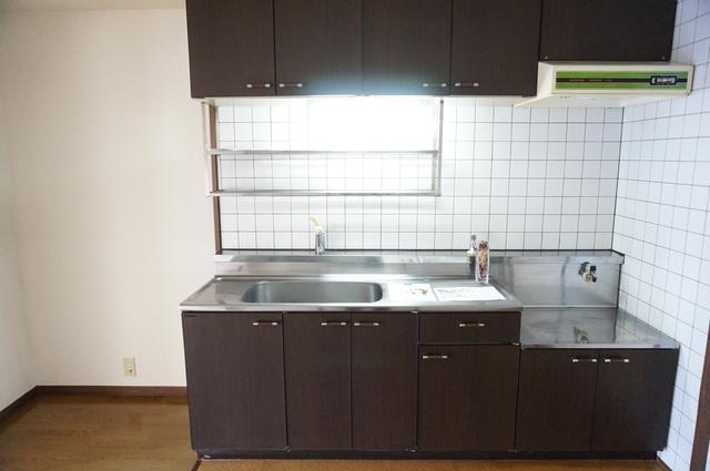 サンシャイン篠栗 / 2-102号室キッチン