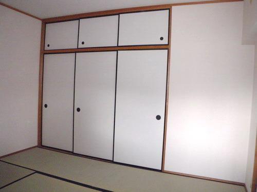 レジデンス・ウィステリア24 / 203号室和室