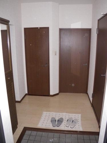 レジデンス・ウィステリア24 / 403号室玄関