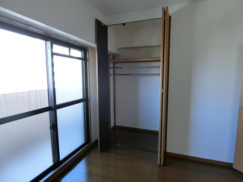 サンヒルズTAKEDAⅡ / 301号室収納