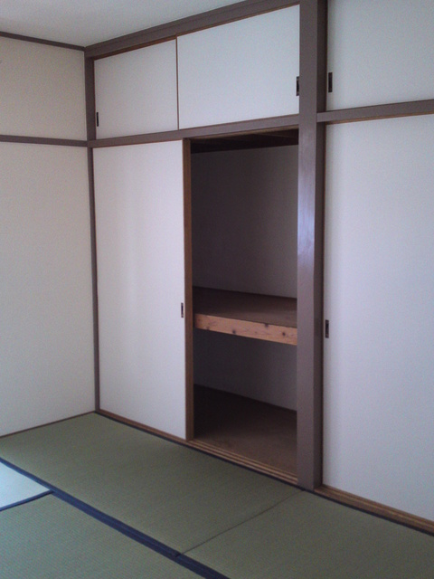 コーポ上野 / 101号室収納